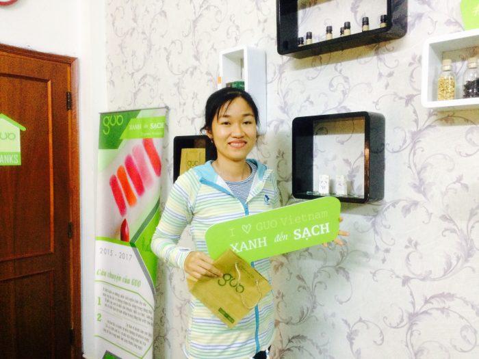 Chị Hoa tại Cửa hàng GUO Võ Văn Tần