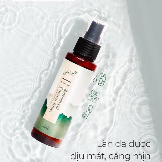 Làn da được dịu mát, căng mịn khi cấp ẩm bằng Hyaluronic Acid